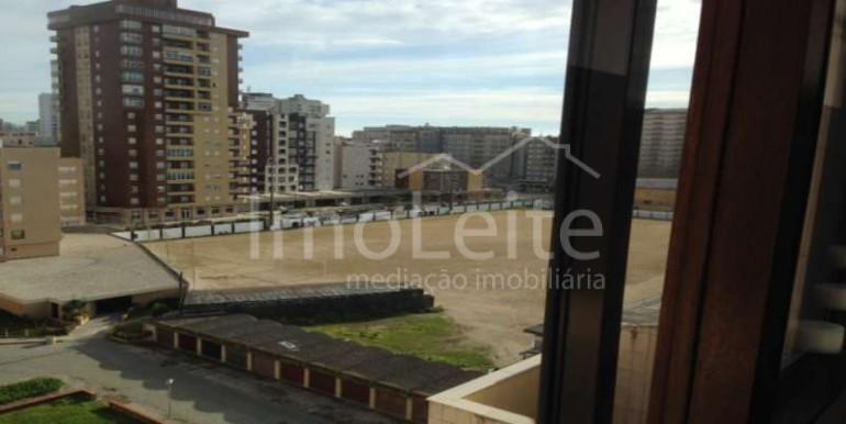 Apartamento T3 duplex na Póvoa de Varzim junto à praia