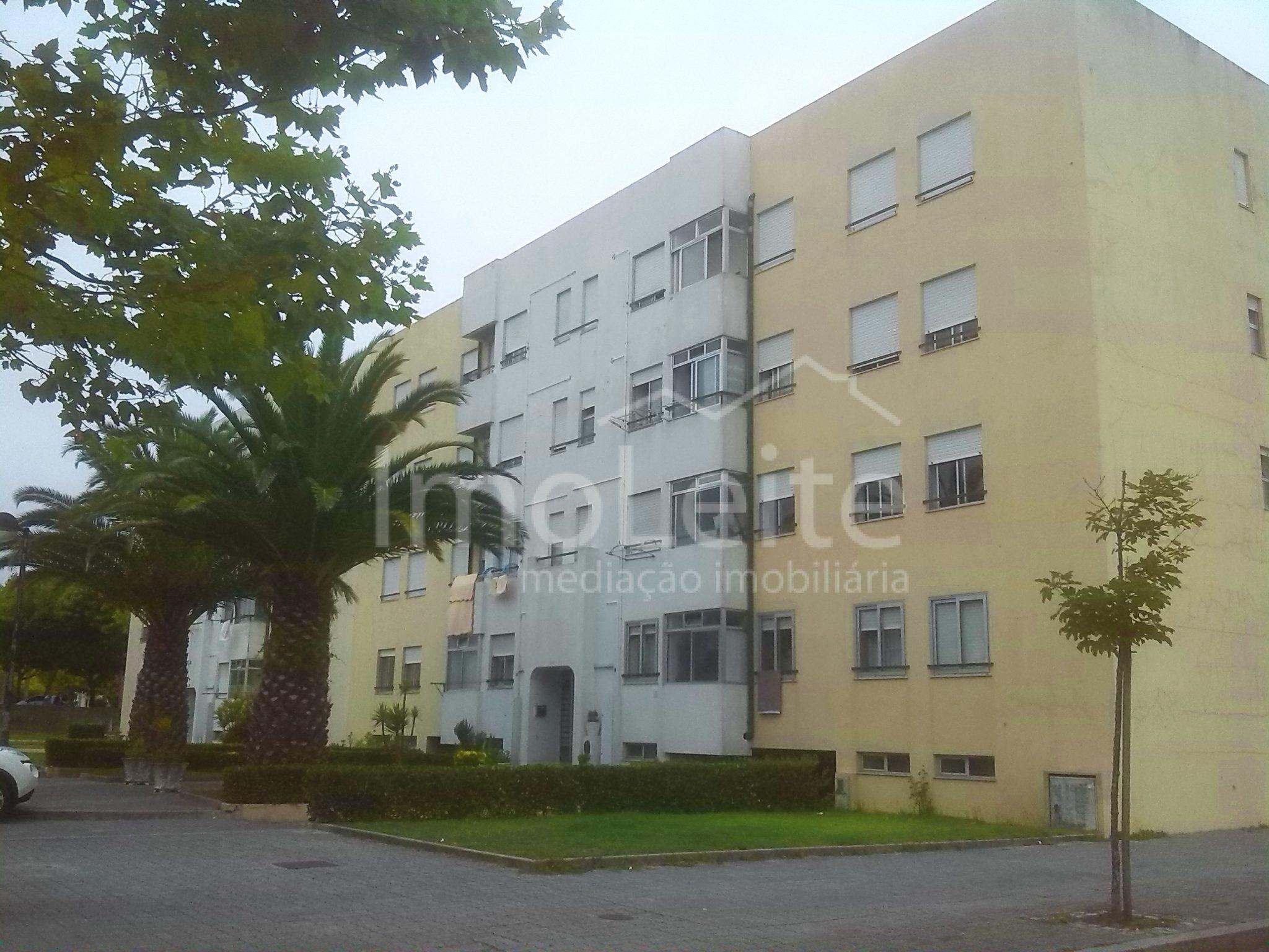 Apartamento T2 Póvoa de Varzim junto a escolas