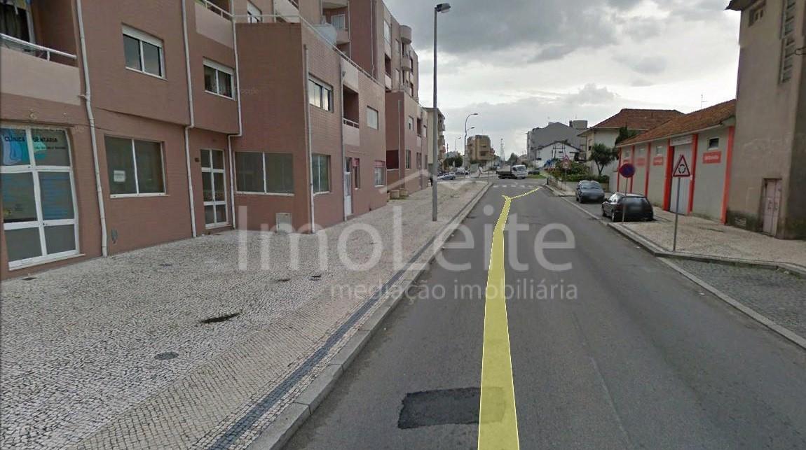 Terreno Póvoa de Varzim com 1350 m2 para construção de 8 moradias