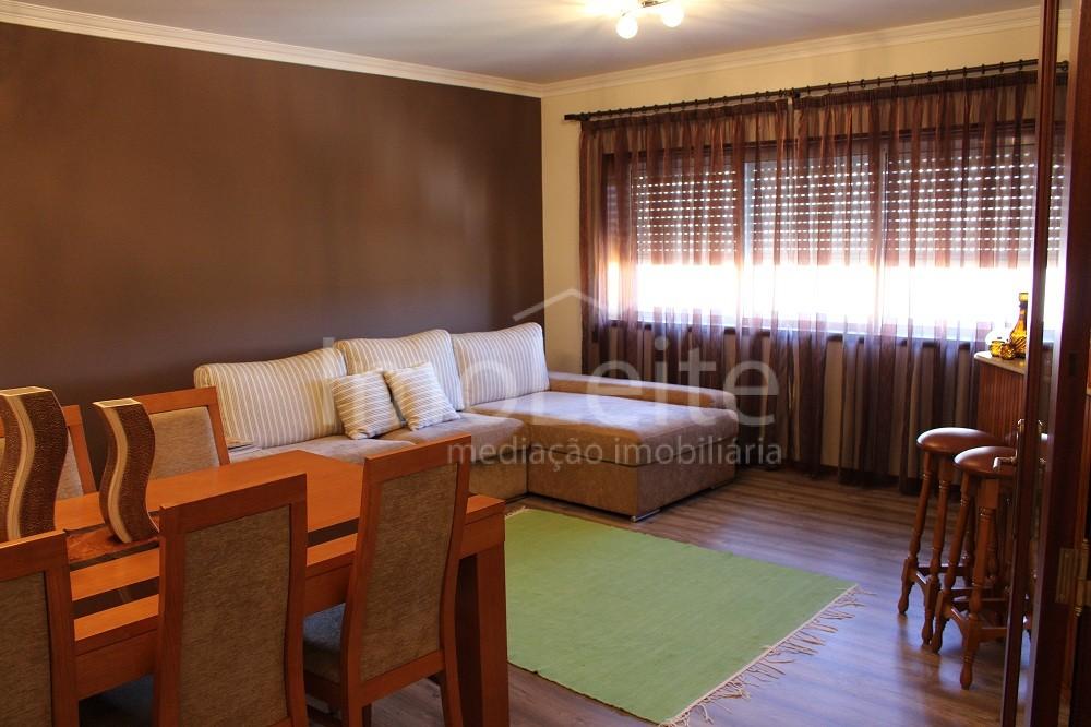 Apartamento T2 Póvoa de Varzim junto à Via B