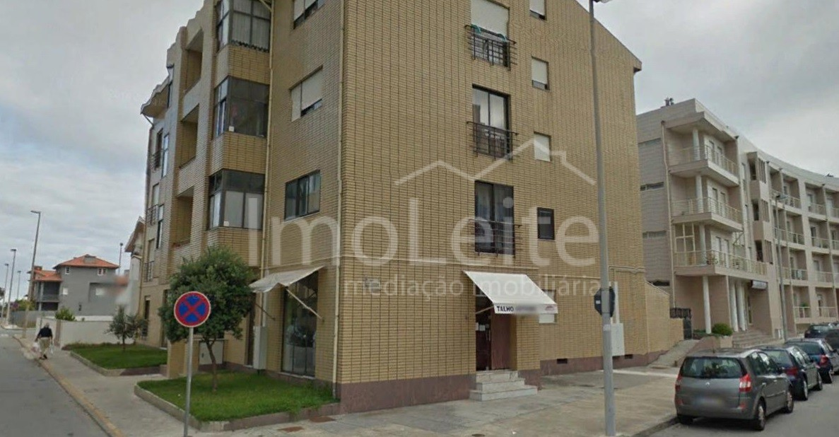 Apartamento T2 Póvoa de Varzim Renovado junto Central Camionagem
