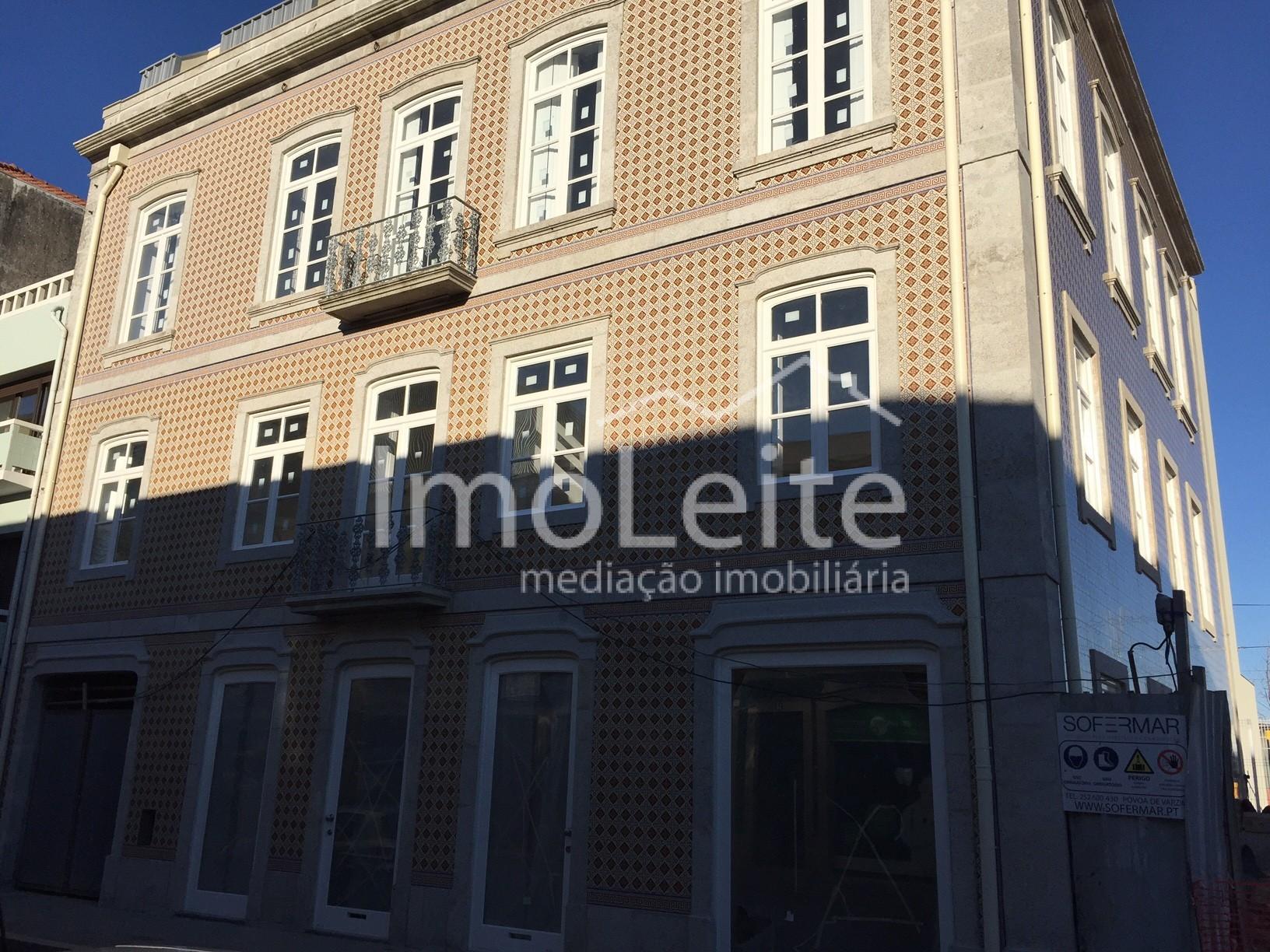 Loja Nova Póvoa de Varzim centro 215 m2