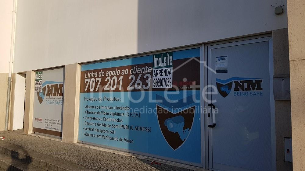 Loja Póvoa de Varzim com 85 m2