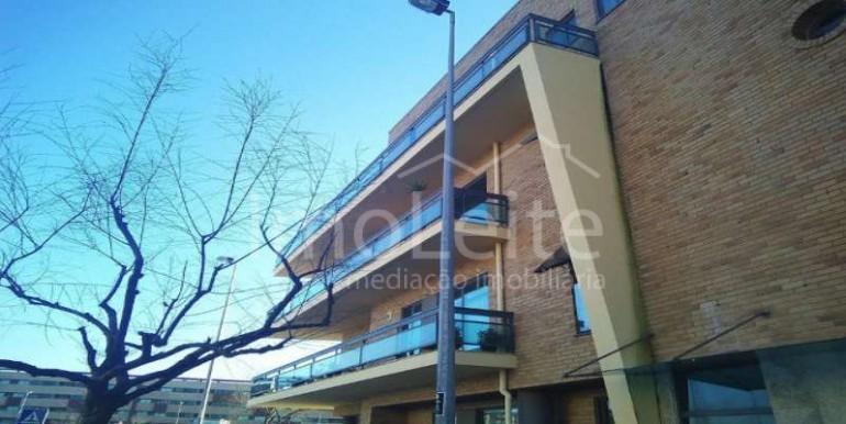 Apartamento T4 na Póvoa de Varzim de 3 frentes