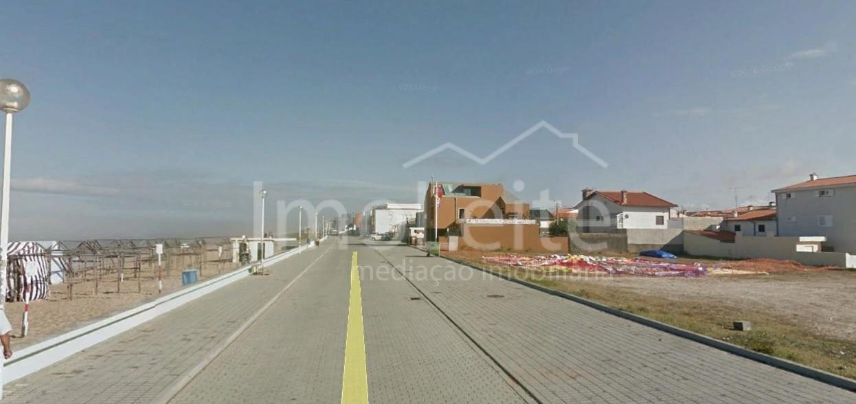 Terreno Póvoa de Varzim frente ao mar para construção