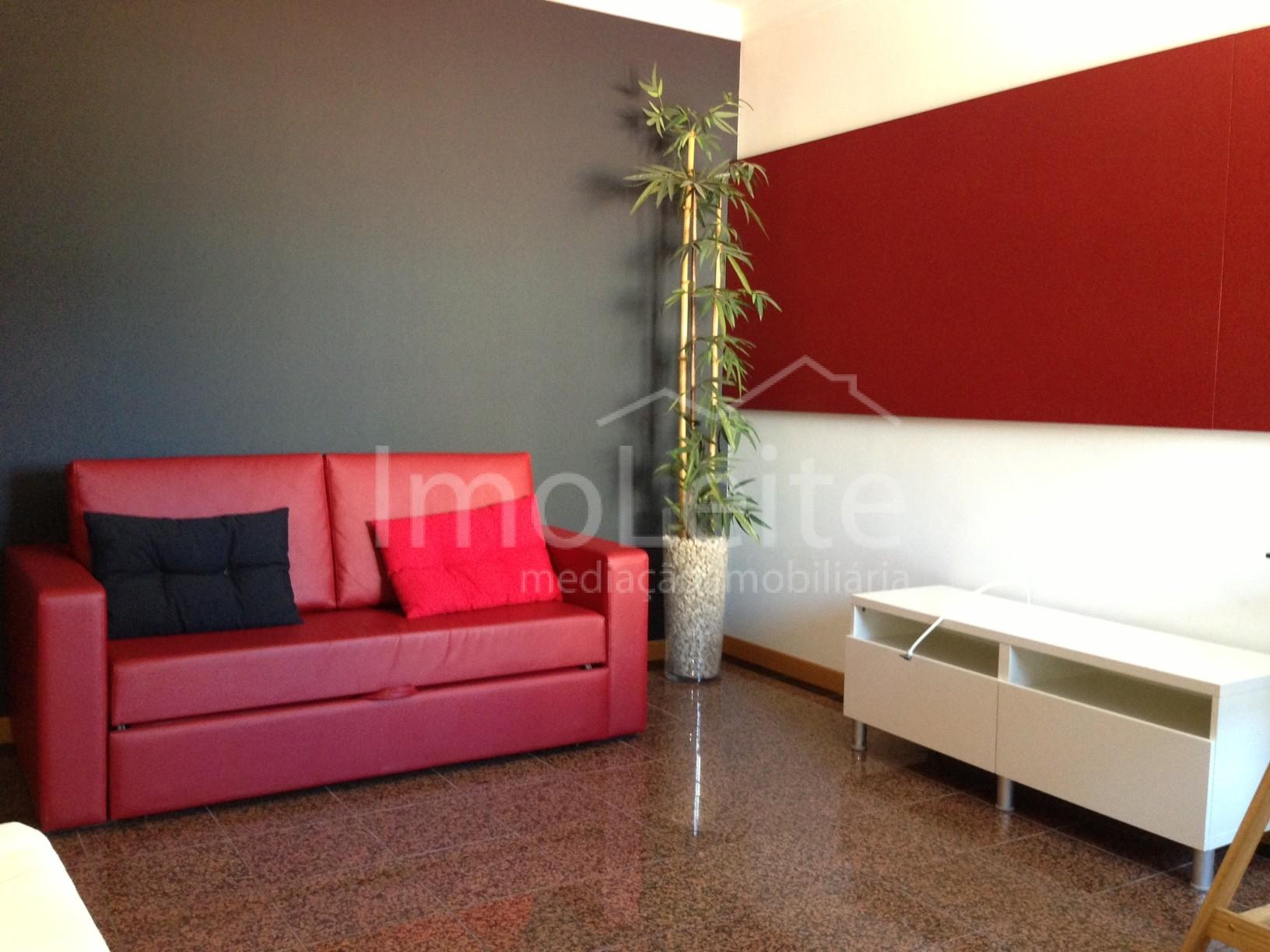 Apartamento T0 Coimbra Centro com garagem