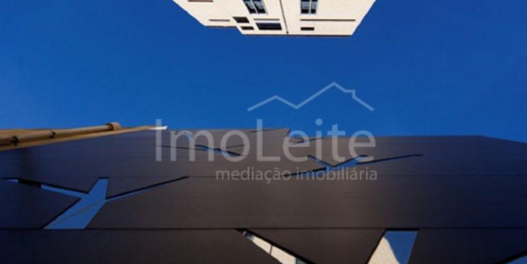 dezeen_Frei-Sebastiao-House-by-Arsonio-Fernandez_18