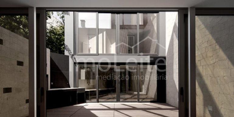 dezeen_Frei-Sebastiao-House-by-Arsonio-Fernandez_6